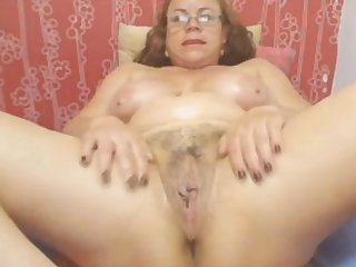 Webcam - Colombian granny Milf teasing (no sound)