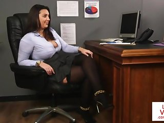 Office honoured teaches resulting fucking partner to masturbate