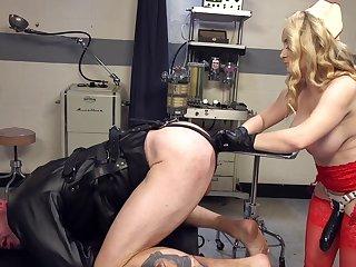 Female nurse goes rough on man's nuisance in vilifying fetish