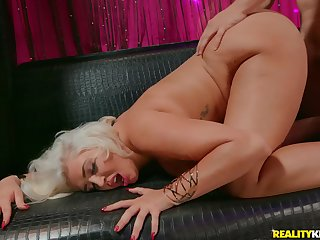 Big-breasted platinum blonde Kristina Shannon goes wild with excitement