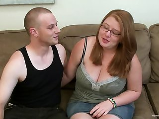Cute amateur BBW Mary Jane is hungry for cock and ready to let her boyfriend use her succulent