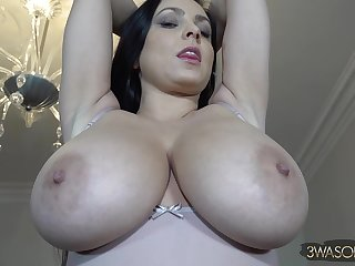 Imported Mom Ewa Sonnet - UnderBoob Session - brunette with monster soul
