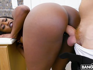 Thick ebony sure loves the sickly meat drilling her