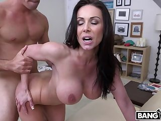 Miami Loves Kendra Lust's Big Bristols And Ass