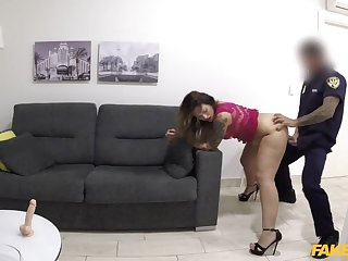Hot Web Cam Model Performs for Constable