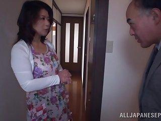 Amateur homemade video of a horny mature neighbor animal fucked